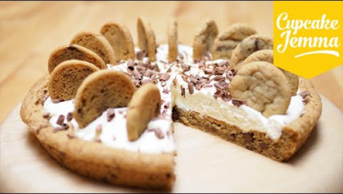 Chocolate Chip Cookie Cream Pie Recipe | Cupcake Jemma
